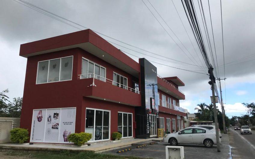 LOCALES EN RENTA, PLAZA COMERCIAL AV. COLEGIOS